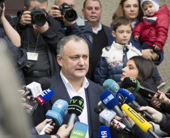 Додон вернул Евросоюзу 100 миллионов евро на кредит для Молдавии