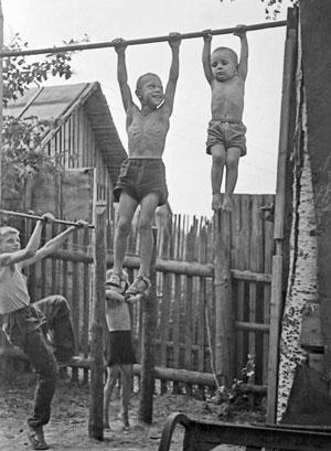 Дети Никитиных и жизнь в Советском Союзе
