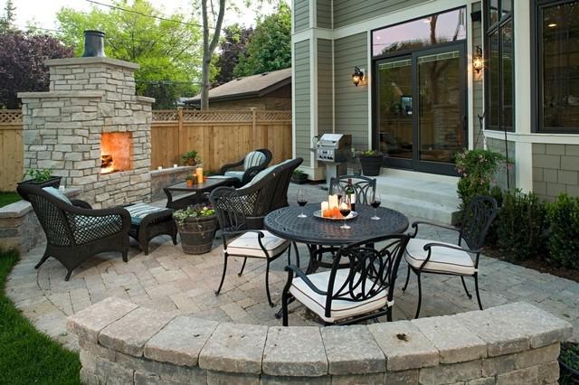 Патио: дворик для отдыха и приема гостей