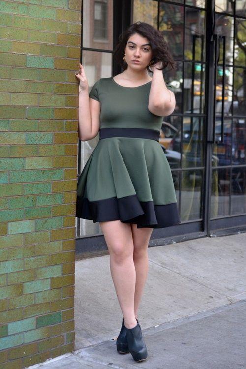 Стильные платья для полных женщин на все случаи