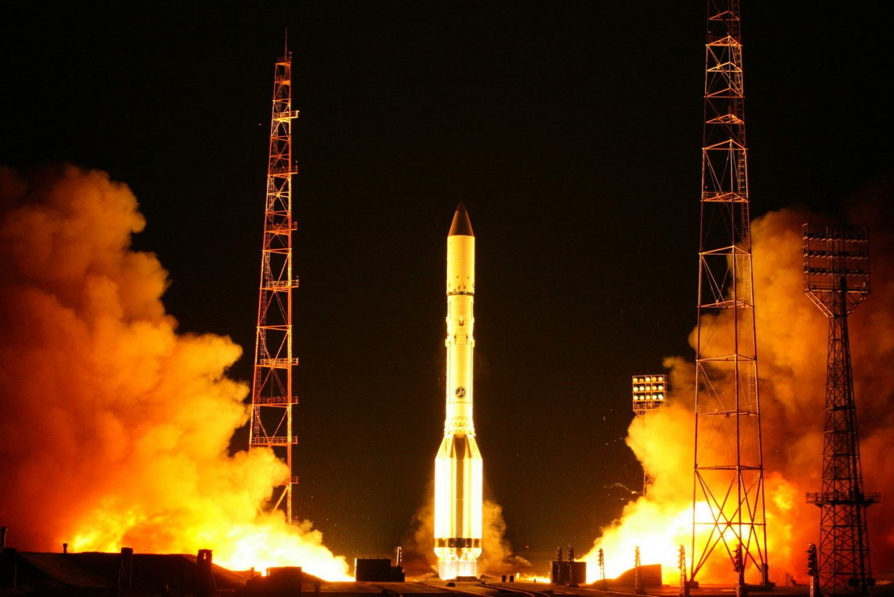РН «Протон-М» с КА «Экспресс-АТ1» и «Экспресс-АТ2» стартовала с космодрома Байконур