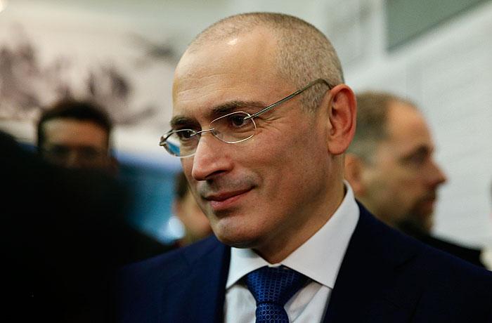 Ходорковский увидел четвертый срок у Путина, а у Меркель не увидел