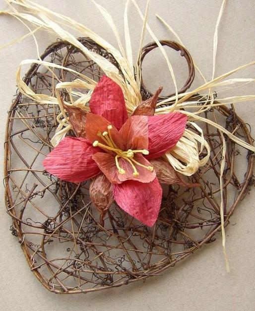 Цветы из бумажных верёвок