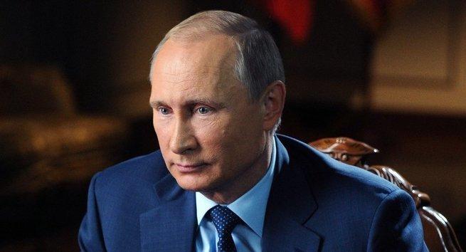 Сегодня многие стебутся над медалью Ельциной и ВВ Путиным, я не стебусь и объясню почему.