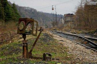 """Радость сумасшедших: Украина ликует, """"избавившись"""" от поездов из России"""