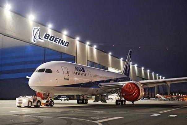 Boeing достигла высоких показателей по поставкам в 2016 году