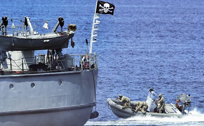 Вздернуть на рее: Пират русскому моряку не брат