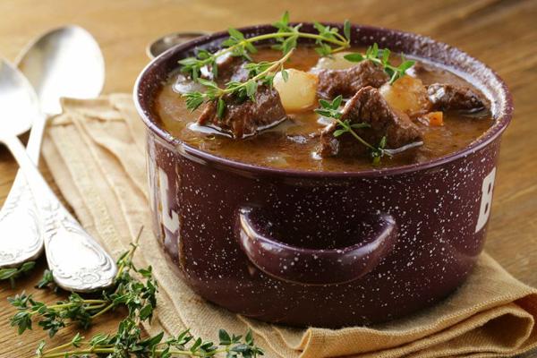 8 мясных блюд, которые согреют зимой