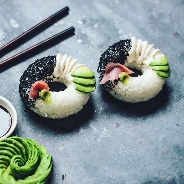 Новый кулинарный тренд: суши-пончик