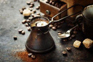 Бодрость или вред? В каких дозах кофеин полезен и как он работает