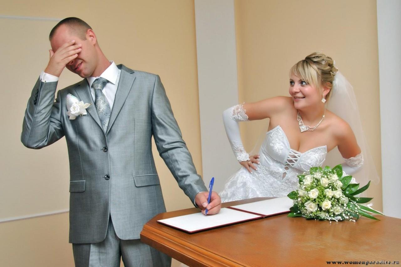 Инструмент давления на женщину фраза «никто замуж не возьмет».