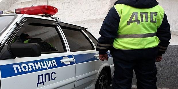 Таксист, который был за рулем машины попавшей в ДТП в Мытищах, задержан. Как стало известно сегодня, ему грозит до девяти лет лишения свободы. Камеры регистратора и наружного наблюдения зафиксировали момент ДТП.