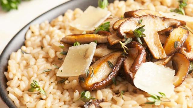 Фото к рецепту: Ризотто с грибами