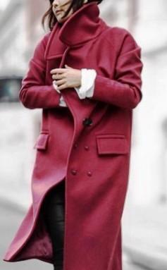 Еще одна подборка интересных и стильных образов с пальто. Уж очень они популярны этой осенью!