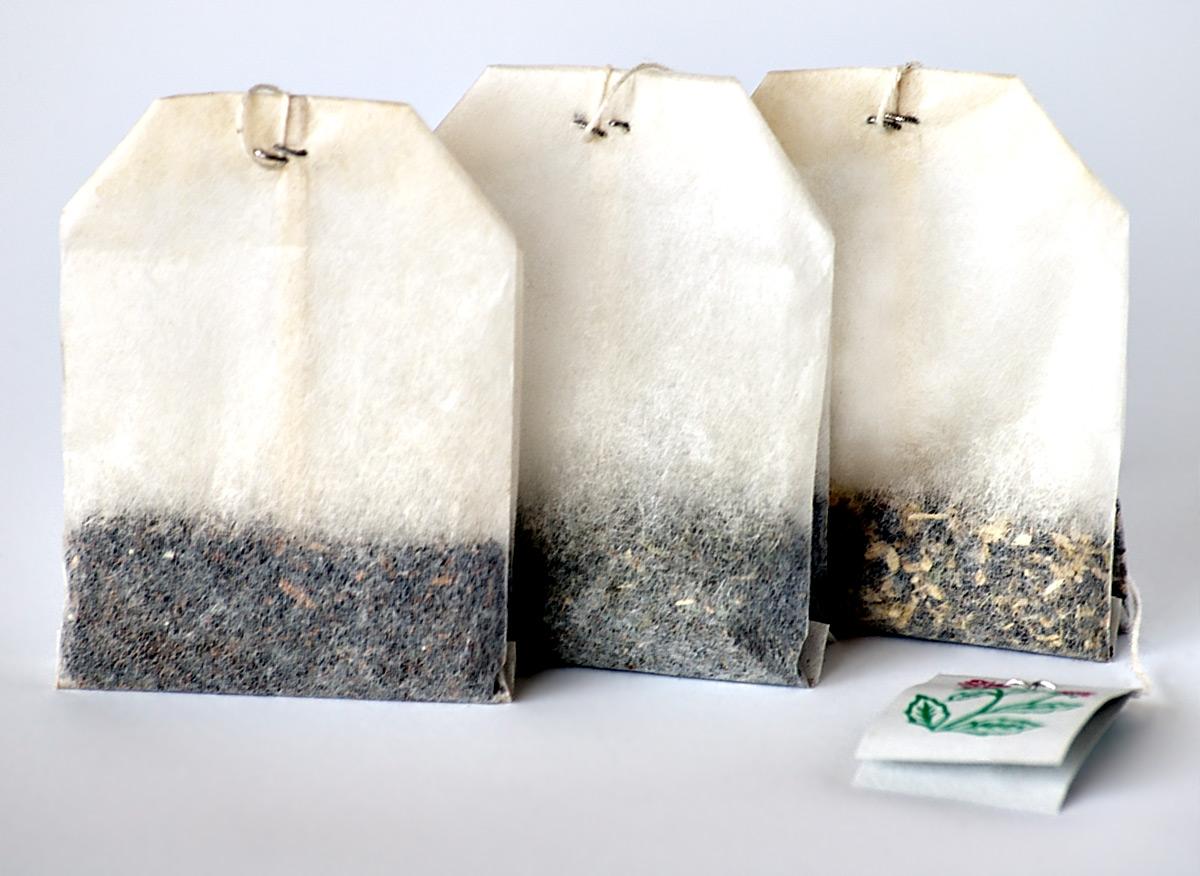 18 способов использовать чайные пакетики