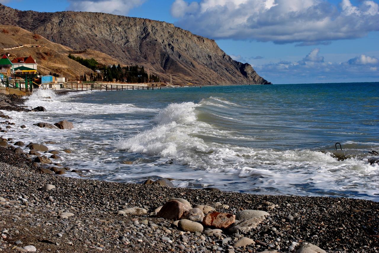 Пляжи в Морском, Крым. Отзывы. Фото поселка. Набережная 30