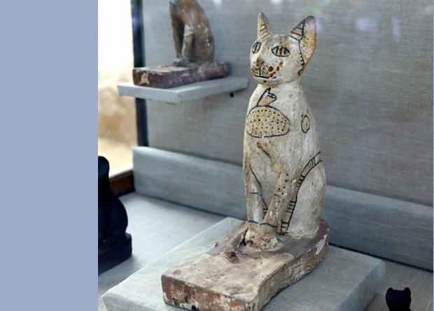В Египте нашли семь гробниц …