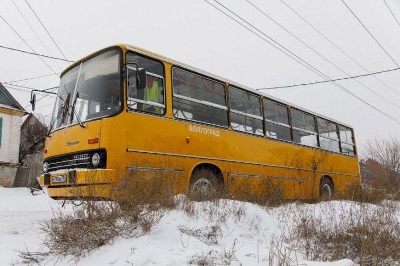 Волгоградец осуществил мечту детства и купил автобус Ikarus