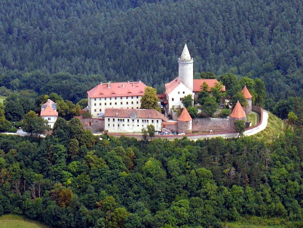 Замок Лойхтенбург (Германия)