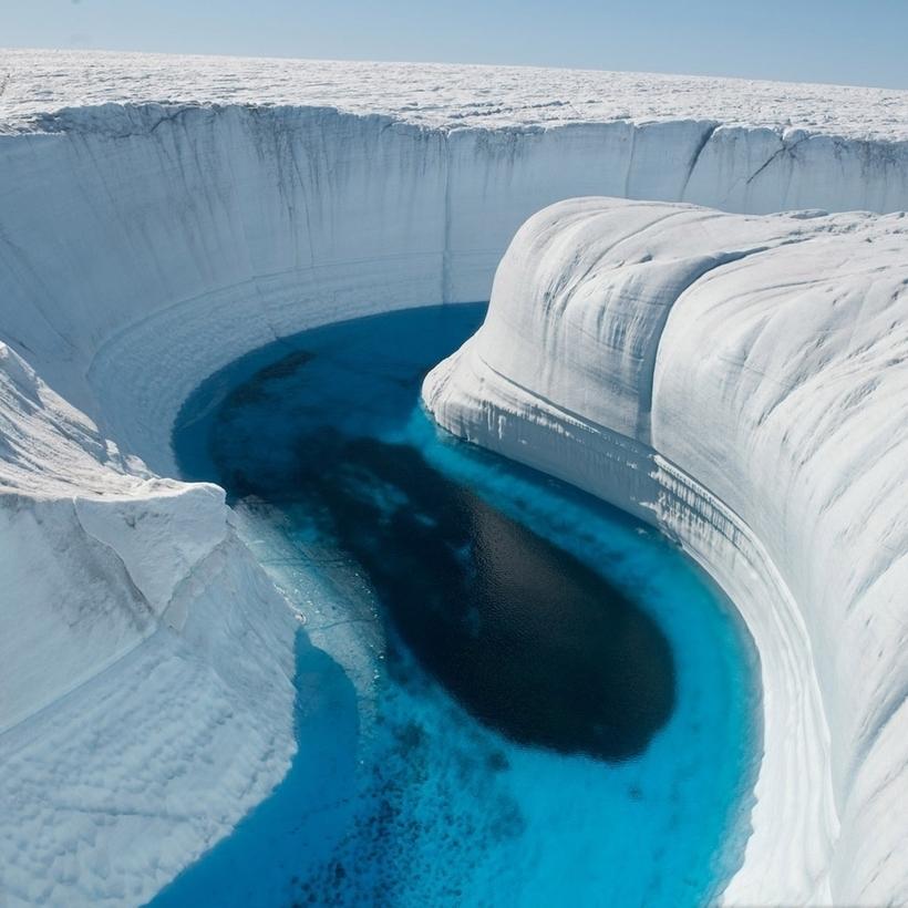 Аномальная жара и беспрецедентное таяние льдов Гренландии