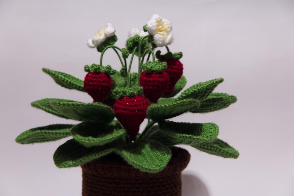 Вязание цветов крючком в кашпо