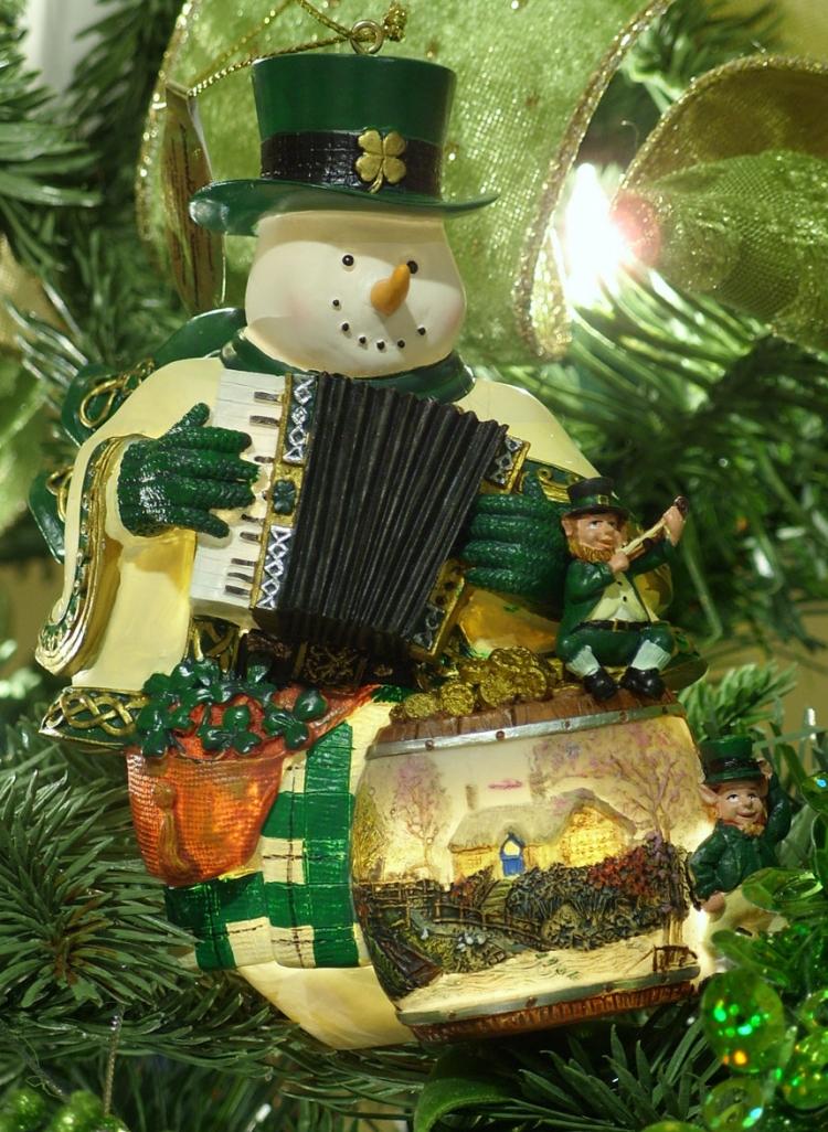 Необычные традици празднования Нового года в разных странах мира