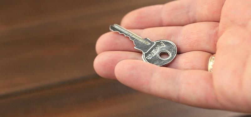 Изготавливаем ключ-дубликат самостоятельно. Теперь не обязательно идти в мастерскую!