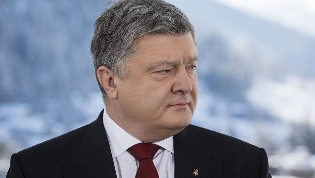 Порошенко утверждает, что в гумконвое РФ для Донбасса нашли военную технику