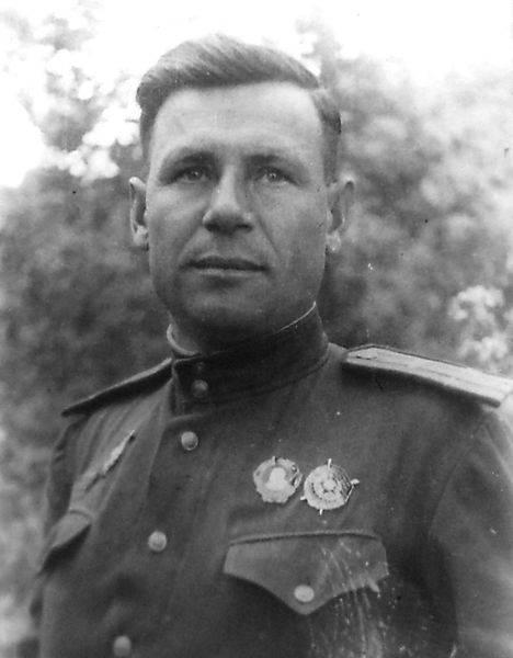 Отважный танкист Александр Б…