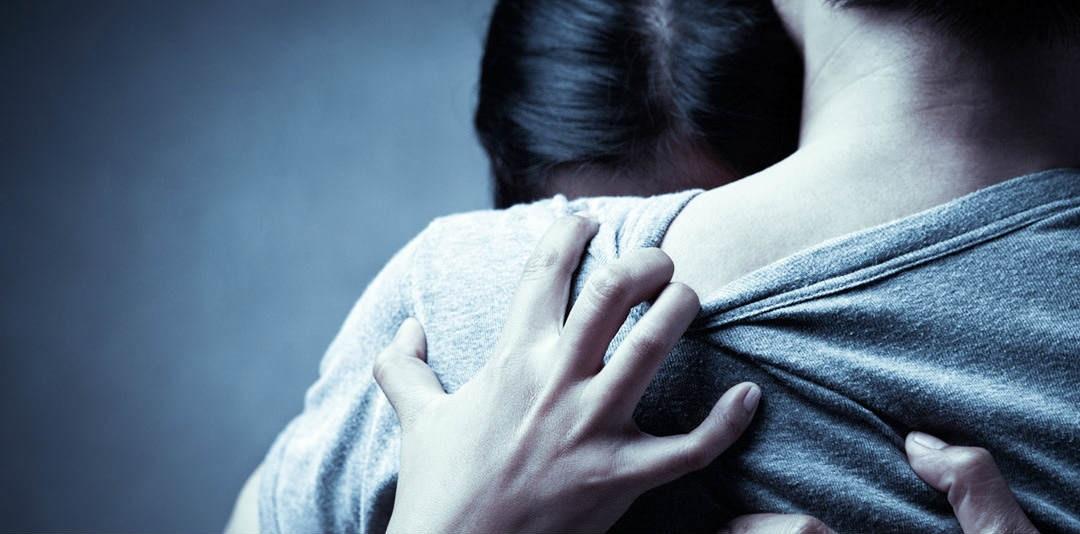 Очень страшно любить человека, который в мыслях, изменяет
