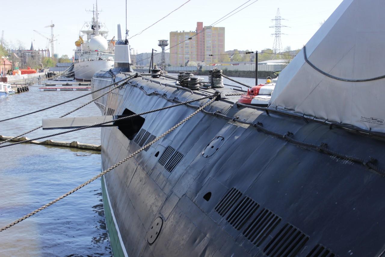 Б-413 заняла первое место на Северном флоте по минным постановкам и была объявлена «Отличным кораблем».