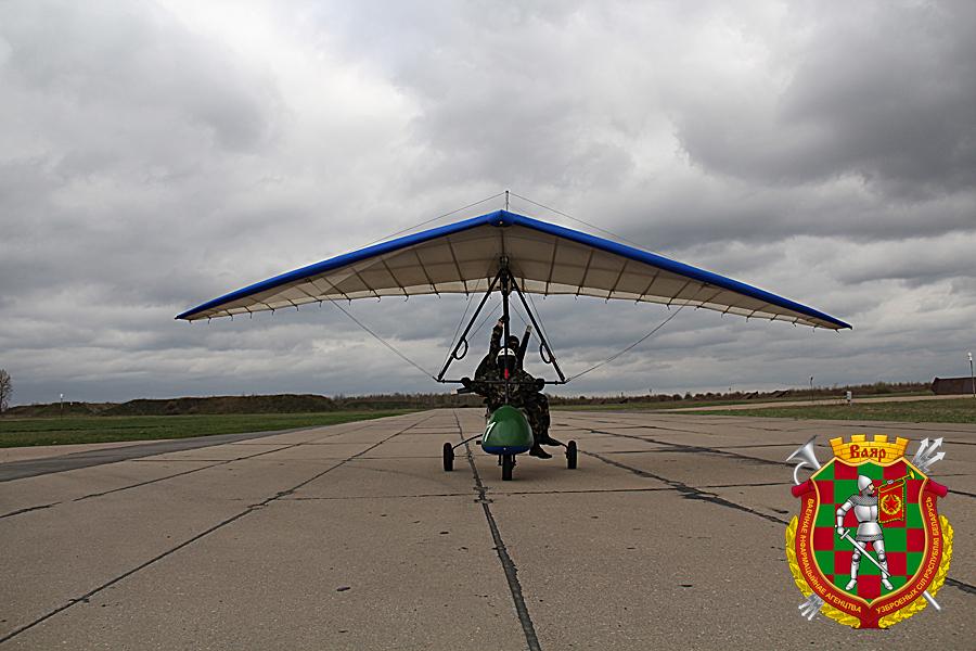 Белорусские парашютисты впер…