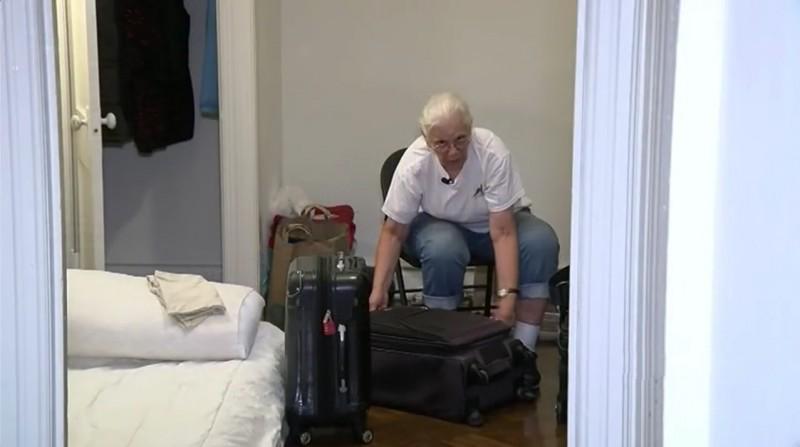 Бездомная старушка отбила у государства свои 100 000$