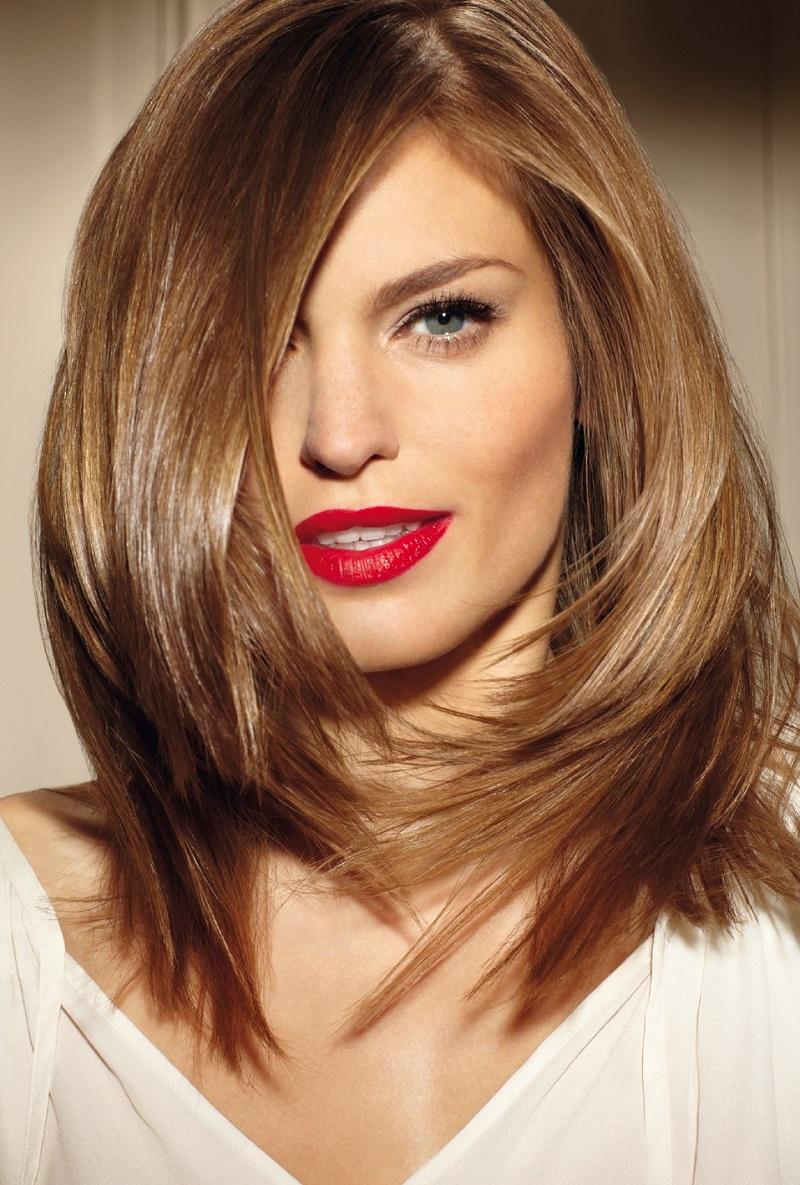 Модное окрашивание волосы средней длины