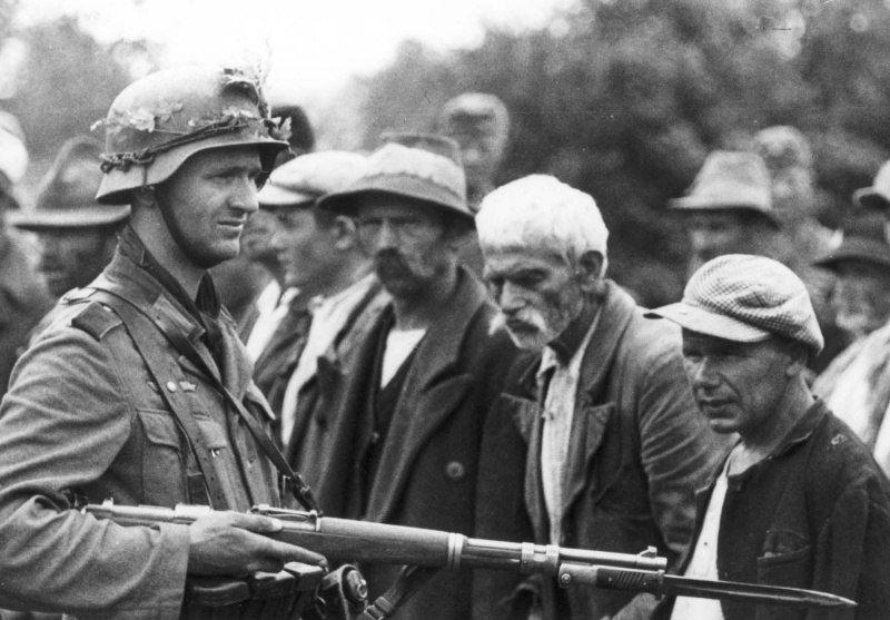 Но был один, который не стрелял приказ, отказ, стрельба, огонь, фашизм, казнь, расстрел
