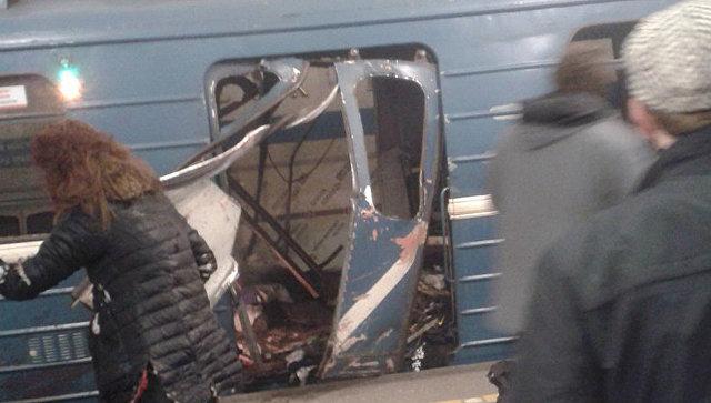 СКР: В вагоне поезда сработало неустановленное взрывное устройство
