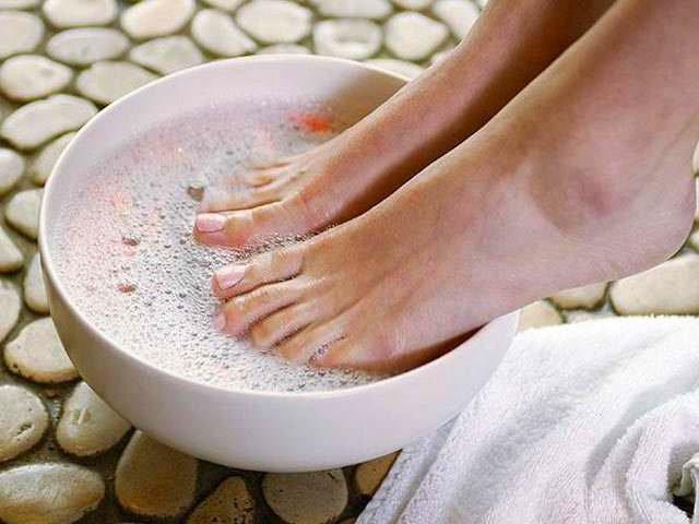Как лечить ногти народными методами