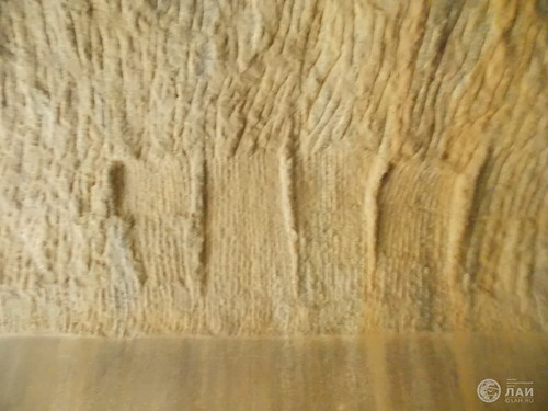 Тайны пещеры Барабар