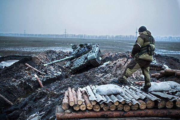Донбасс под огнем: украинские ВСУ атаковали позиции ДНР и ЛНР - СМИ