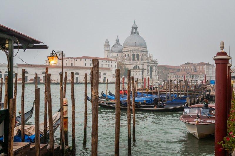 Есть запрещено! Что еще нельзя делать в Венеции? венеция, законы, италия, путешествия, туман