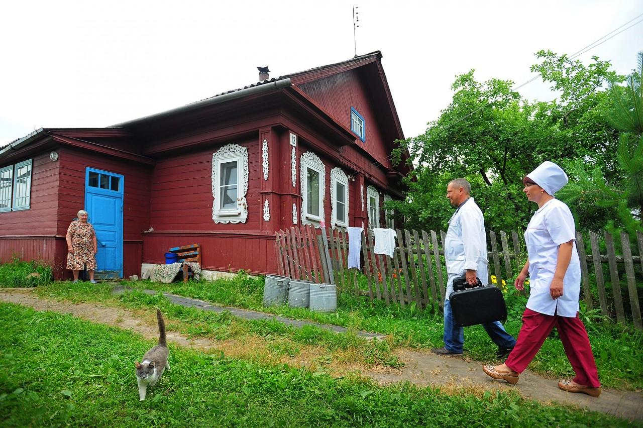 Правительство выделило средства на трудоустройство медиков в села и рабочие поселки