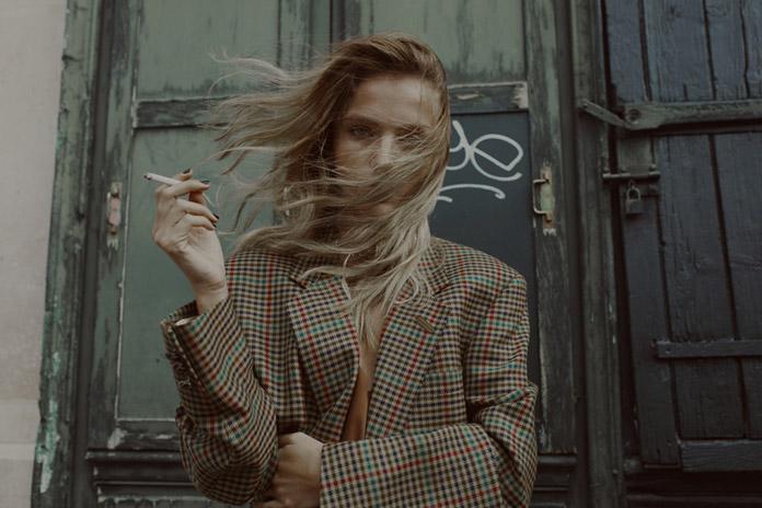Портреты из Парижа раскрывающий мир женщины