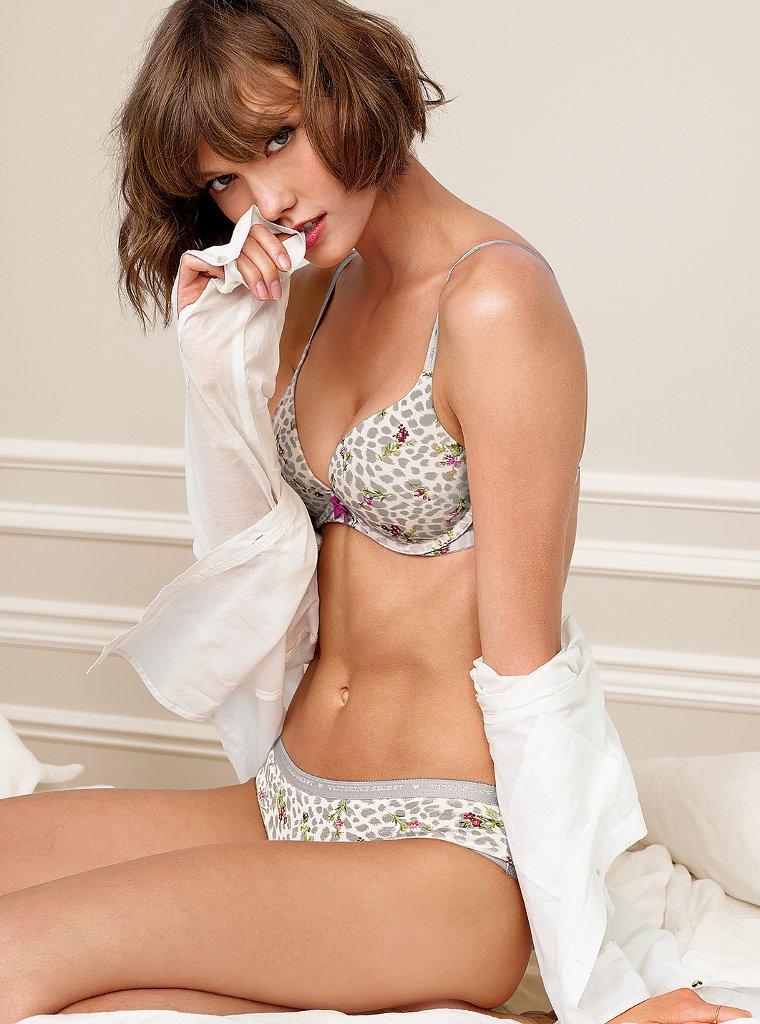 Темпераментная Карли Клосс в фотосесии для Victoria's Secret