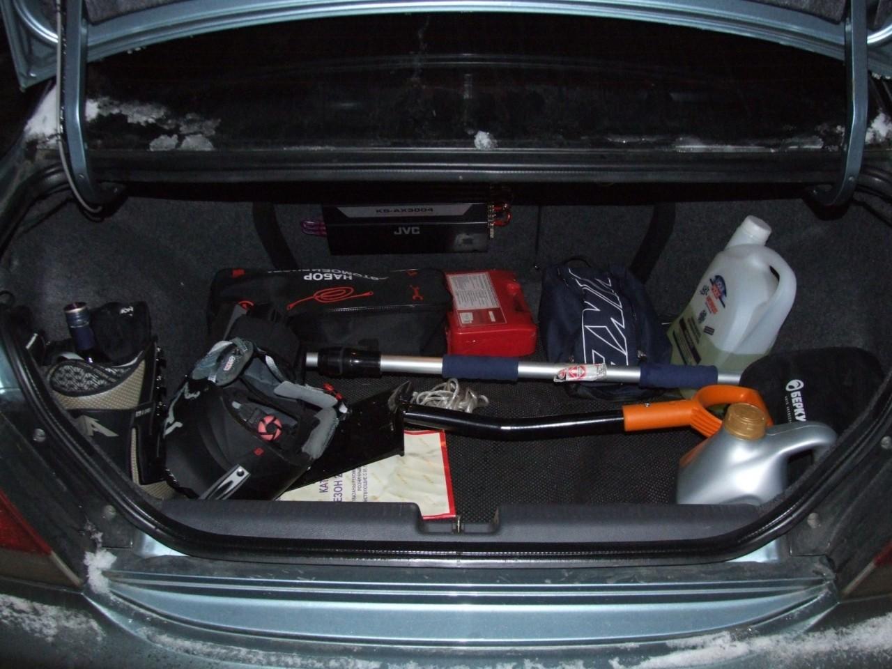 Что нужно всегда иметь под рукой в автомобиле?