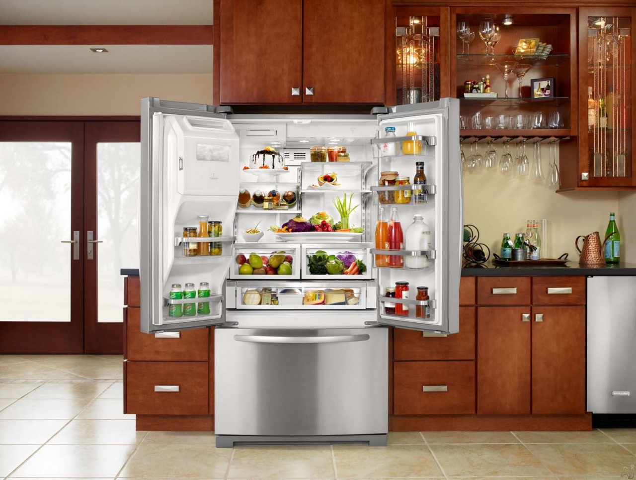 Самые нестандартные способы использования холодильного оборудования
