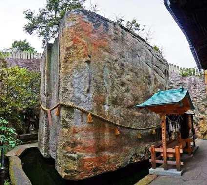 Непостижимые артефакты древности — Взлетевший камень Японии ( Иши-но-Ходен)