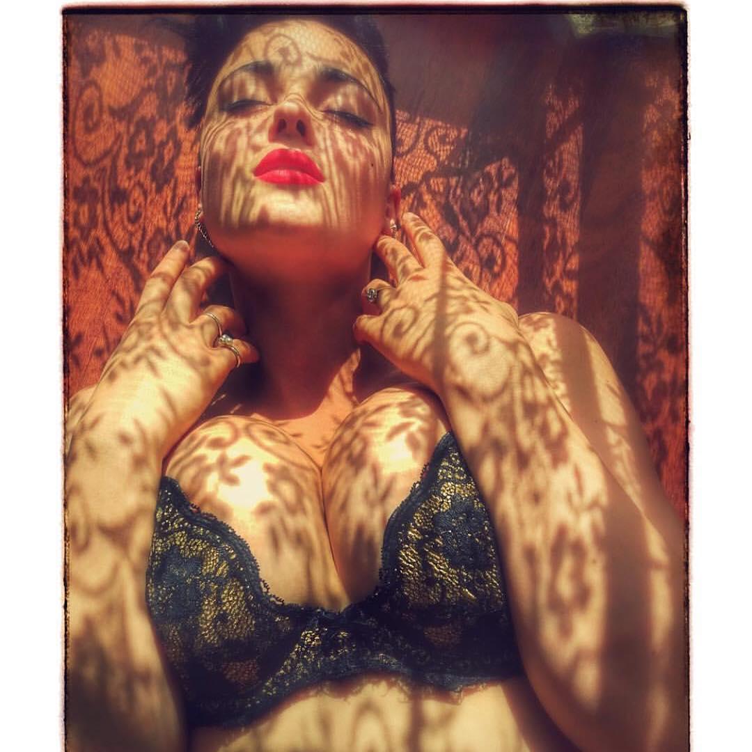 Кому теперь нужны ваши 90-60-90 Стефания Феррарио крушит стереотипы о модельной внешности