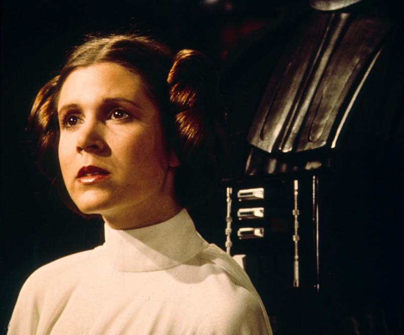 Умерла актриса Кэрри Фишер, известная по роли принцессы Леи в «Звездных войнах»