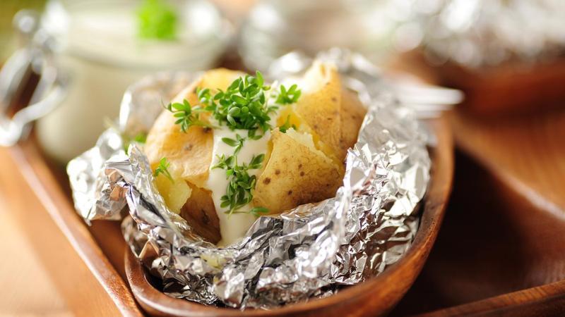 Вы когда-либо готовили блюда, используя алюминиевую фольгу? Если да, значит, вам нужно прочитать эту статью!