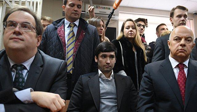 Полиция проверяет данные о вымогательстве взятки в деле Шамсуарова
